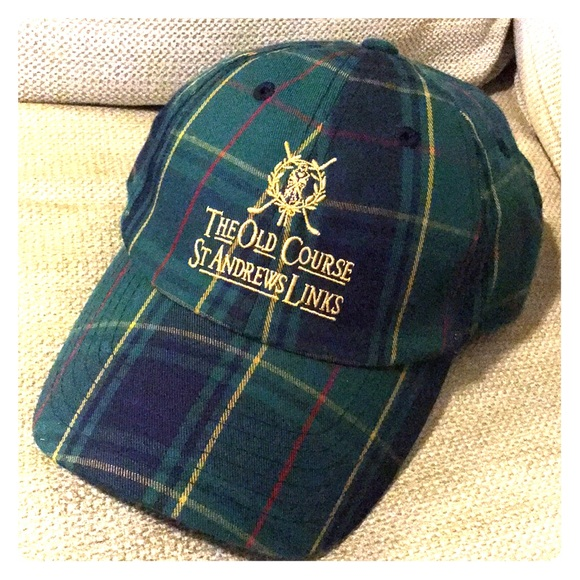 b038aafcddf The Old Course St Andrews Golf Hat Cap. M 5aee78d946aa7c0219a110e6